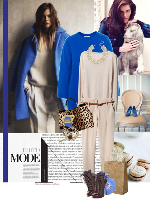 Combinar abrigo azul electrico