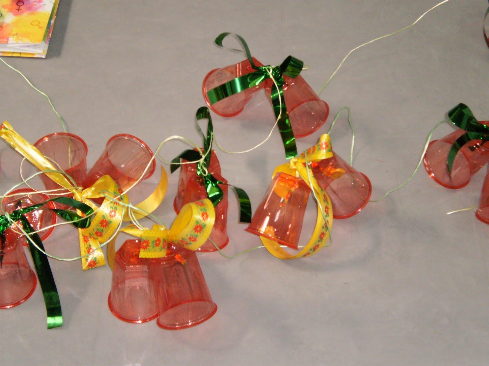 Adornos navideños reciclados