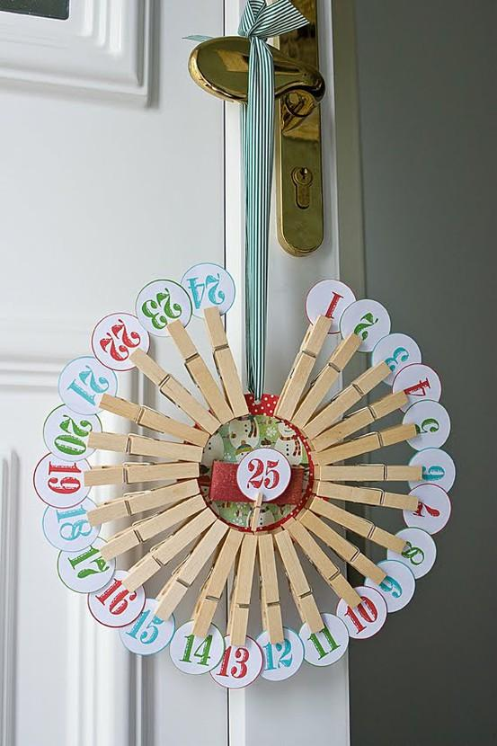 Diferentes manualidades con material reciclado imagui for Calendario manualidades