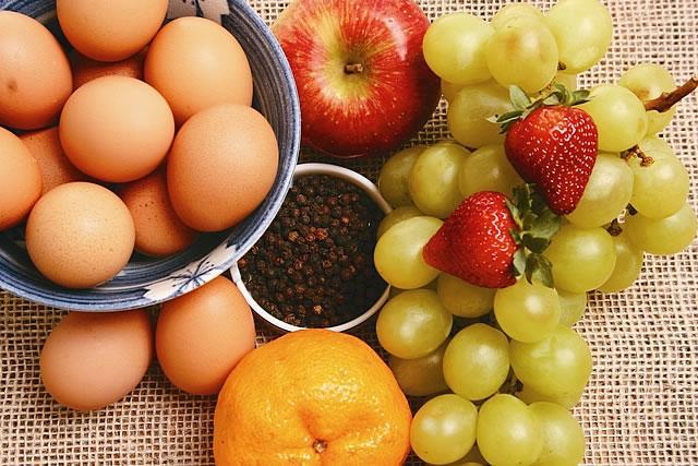 Que es un alimento paperblog for Alimento para cachamas