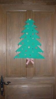 3b92d92fbe3 Cómo hacer un árbol de Navidad para colgar en la puerta - Paperblog