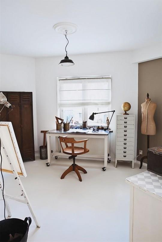 espacios de trabajo con cuatro tablas