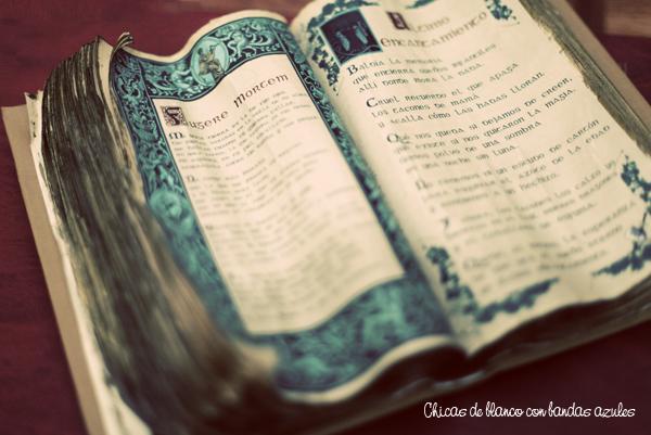 Nuevos libros antiguos paperblog - Como hacer un libro antiguo ...