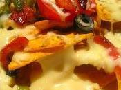 Receta Nachos Queso Deliciosos Totopos cubiertos queso derretido, chile, tomate champiñones Cocina Mexicana