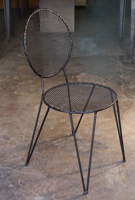 Nuevos colores y acabados para muebles 2013 de dadra for Modelos de sillas de hierro