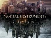 Póster argumento oficial Cazadores Sombras: Ciudad Hueso