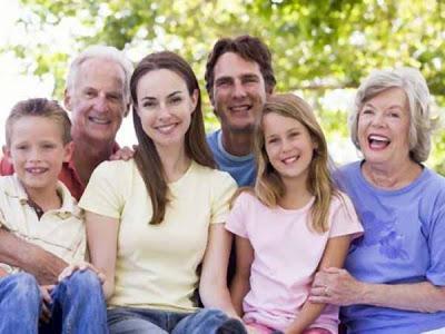 Una Familia Espa Ola Cualquiera Cuento Realista Paperblog