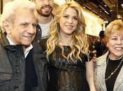 Shakira luce embarazo junto Piqué