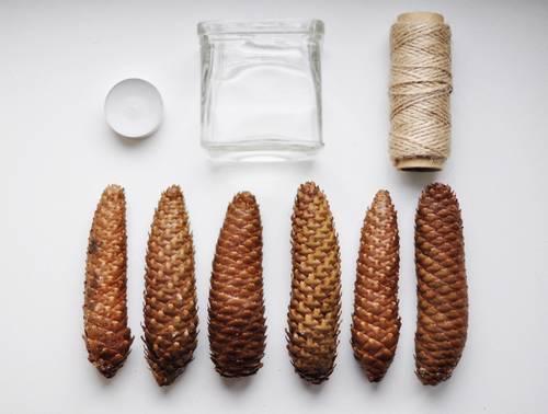 piñas-cuerda-vela-frasco-materiales-para-hacer-la-decoración