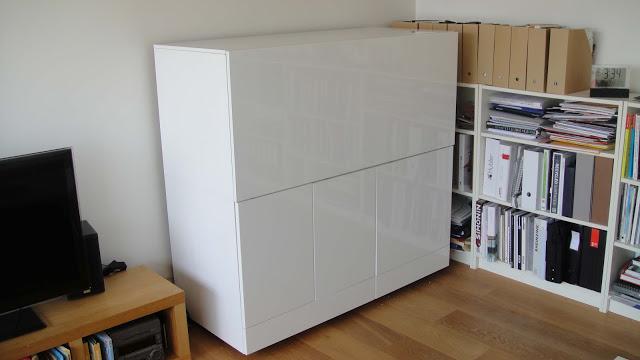 Ikea hack mueble escritorio besta paperblog for Muebles de cocina hacker
