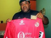 Barrios, cuestionado jugador Perú