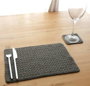 crochet-placemat-1