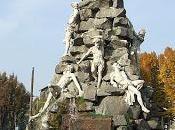 Monumento traforo frejus