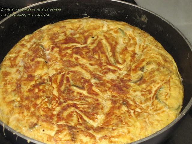Tortilla de patatas calabac n cebollas y jud as blancas - Tortilla de calabacin y cebolla ...