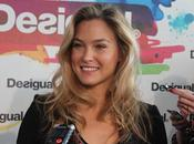LOVE...Bar Refaeli Barcelona Fashion