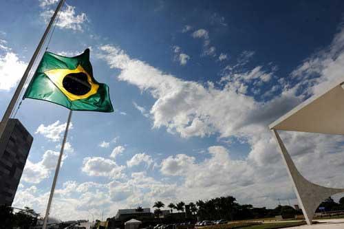 suspende carnaval en Brasil por tragedia discoteca Kiss