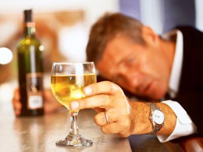 Dejar de beber puede reducir el riesgo de cáncer de esófago