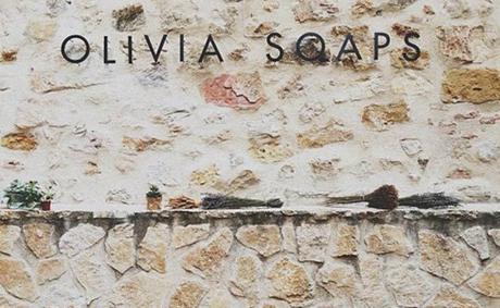 cartel Olivia Soaps Olivia Soaps, una cosmética muy natural