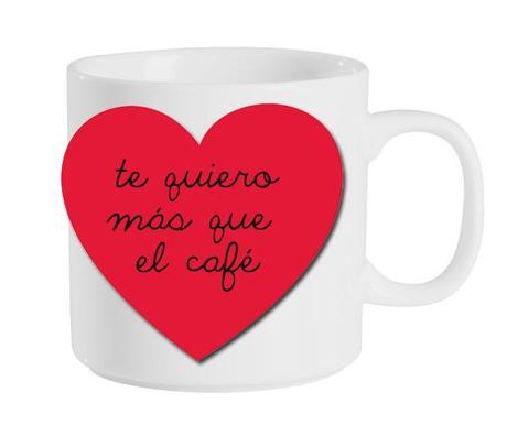 una taza decorada para San Valentín