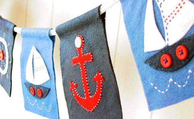 banderines Ideas para decorar comuniones en casa