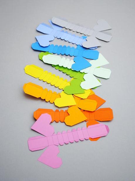 Corazones geométricos de papel