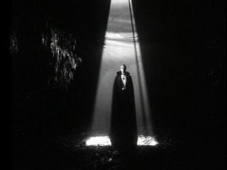 Negro y Plata: El Vampiro / La maldición de La Llorona. El México gótico, folklore local y mitos importados