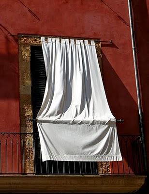Una cortina por fuera para el sol paperblog - Cortinas para el sol ...