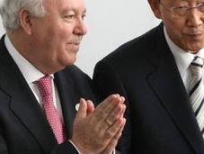 Moratinos propone seminario libertad religiosa minorías cristianas