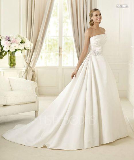vestidos de novia 2013, entre el clasicismo y la originalidad