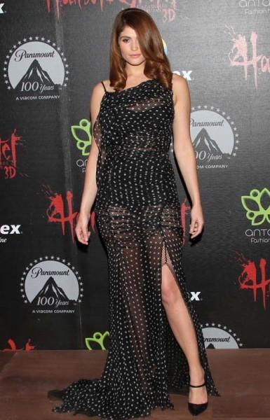 Gemma-Arterton-in-Polka-Dot-Printed-Dress-fr-Nina-Ricci-Spring-2013