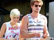 ¡Miley Cyrus molesta Liam Hemsworth porque habla sobre vida sexual!