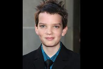 Dawn  Planet  Apes on Kodi Smit Mcphee Estar   En Dawn Of The Planet Of The Apes   Paperblog
