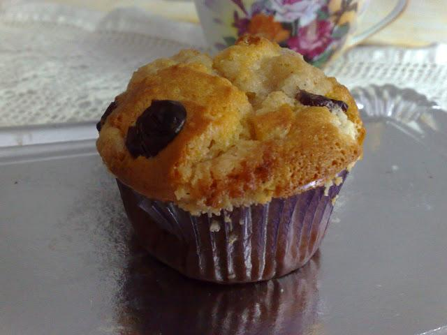 cranberries cheese muffins