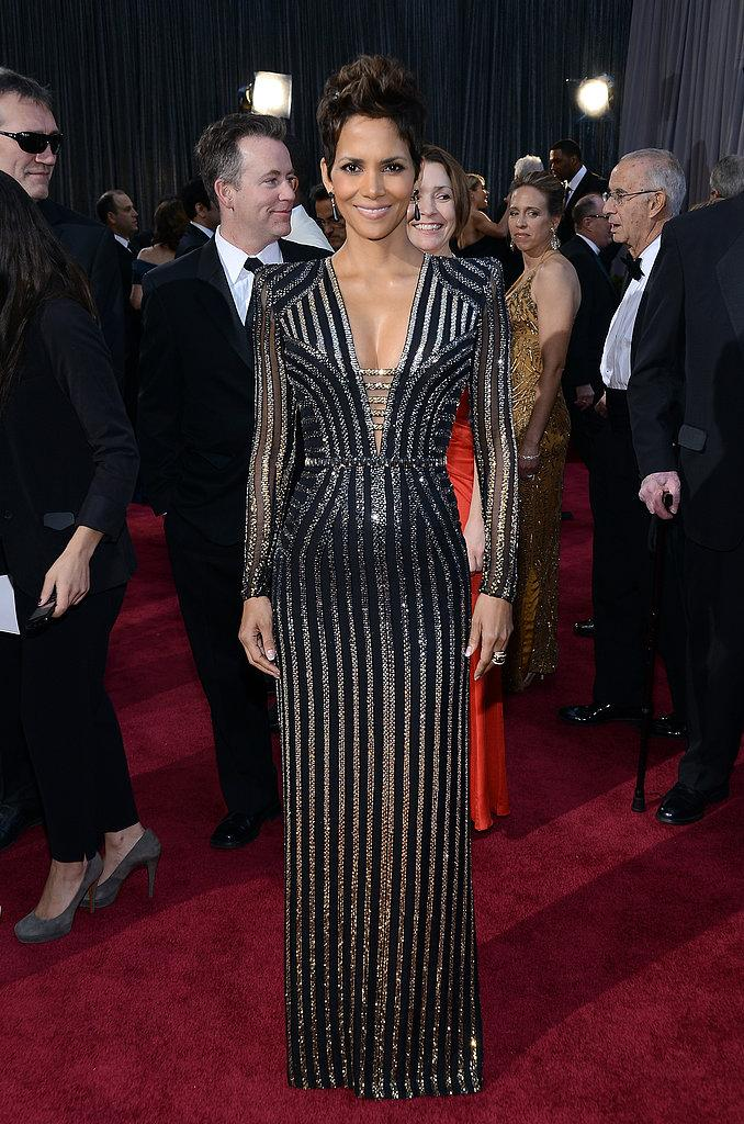 Halle Berry en versace Oscars 2013: Los mejores looks en la alfombra roja de los Oscars 2013