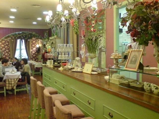 restaurante-living-in-london-tea-room_499778