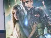 Otro póster Iron fotografiado cine