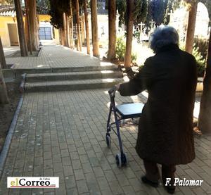 Barreras arquitect nicas en el cementerio de cabra paperblog for Barreras arquitectonicas
