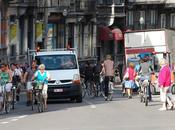 ciclistas necesitasen sacarse licencia para poder circular?