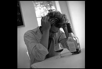 El número de la policlínica del tratamiento del alcoholismo