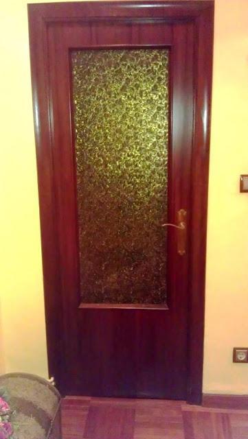 T preguntas c mo pintar el cristal de un puerta paperblog - Como pintar puertas de sapeli ...