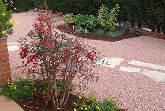 Jard n con grava paperblog for Decoracion jardin grava