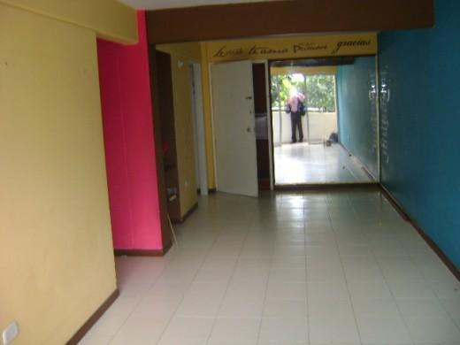 T preguntas ideas para cubrir un gran espejo de un piso for Ideas para cubrir paredes