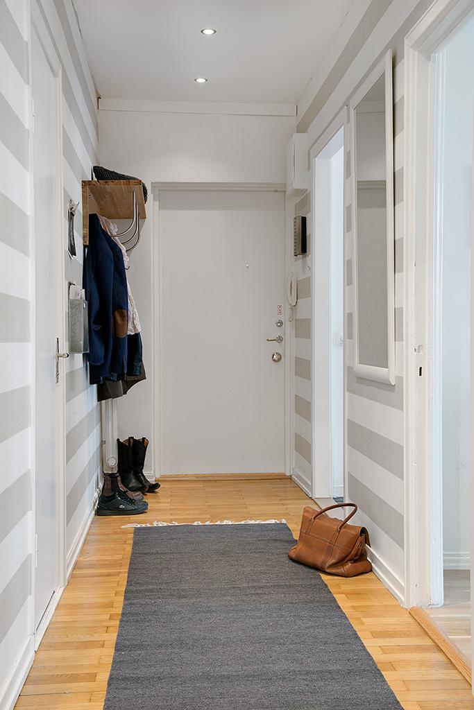 Recibidores con encanto ii paperblog - Pintar un recibidor ...