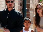 Brad Pitt Angelina Jolie montan casa Francia