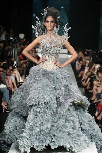 tex saverio: vestidos de novia de cine en la pasarela - paperblog