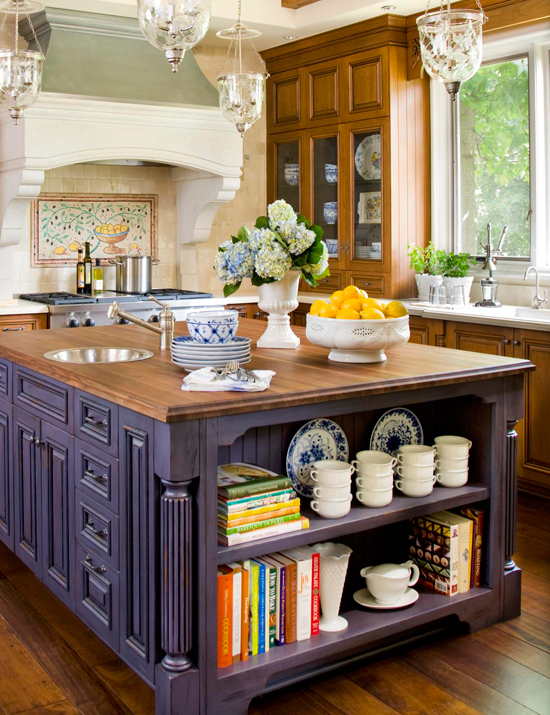 Cocina tradicional con isla en violeta paperblog for Great kitchen remodel ideas