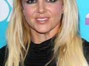 Britney Spears llevó tremendo susto calle