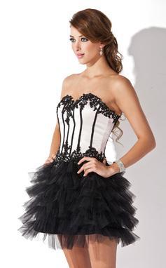 Imagenes de vestidos de color blanco y negro