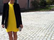 Look boda: vestido amarillo+corona flores
