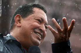 VENEZUELA SUMERGIDA EN BRUJERIAS,AHORA REZAN A CHAVEZ!